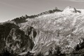 Crete de Barris d'Aubert. Pic Ramougn (3.011 m) y Pic de Néouvielle (3.091 m). Macizo del Néouvielle