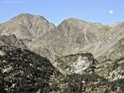 Pica del Carlit (2.921 m) y Carlit de Baix (2.806 m). Cerdanya